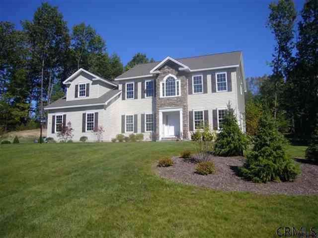 101 Kadnorida Dr, Moreau, NY 12831 (MLS #201932150) :: Picket Fence Properties