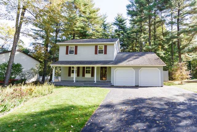 17 Penny Royal Rd, Malta, NY 12020 (MLS #201932857) :: Picket Fence Properties