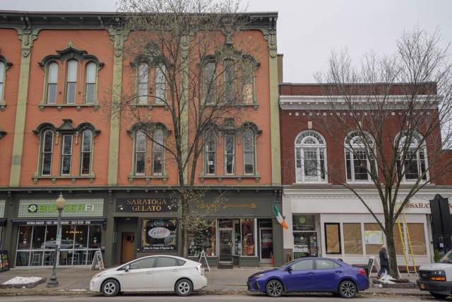 456 Broadway #302, Saratoga Springs, NY 12866 (MLS #201935115) :: Picket Fence Properties