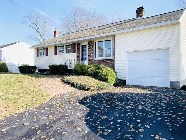 16 Castle Ct, Loudonville, NY 12211 (MLS #201935386) :: Picket Fence Properties