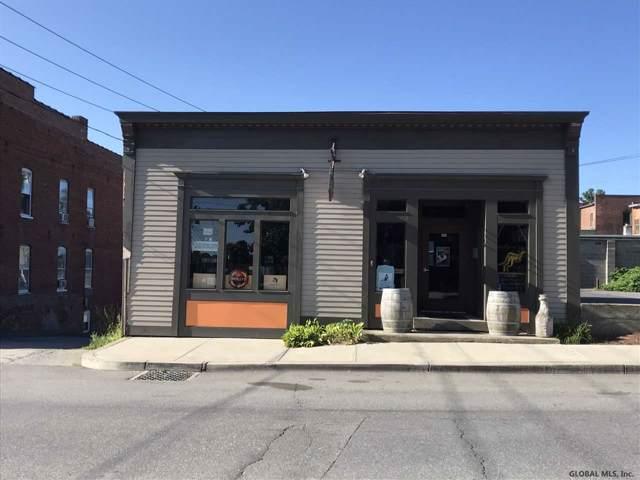 33 Ferry St, Schuylerville, NY 12871 (MLS #202011019) :: Picket Fence Properties