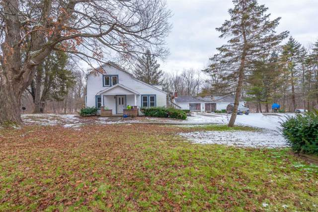 2421 Phillips Rd, Schodack, NY 12033 (MLS #202011166) :: Picket Fence Properties