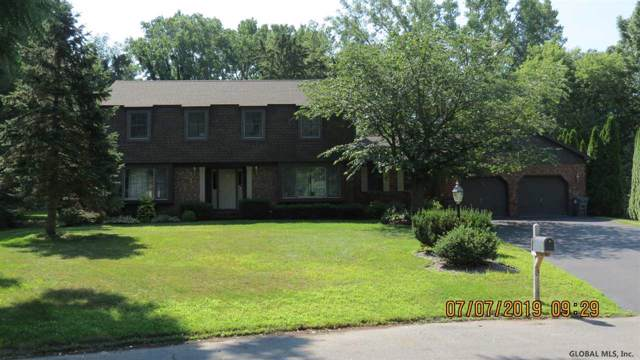 13 Kings Ct, Clifton Park, NY 12065 (MLS #202011599) :: Picket Fence Properties