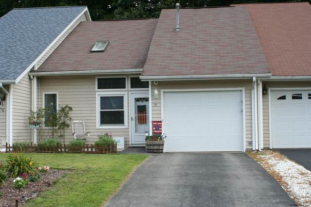 31 Green Meadow Dr, Clifton Park, NY 12065 (MLS #202024430) :: 518Realty.com Inc