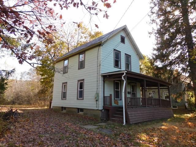 22 Champlain Av, Ticonderoga, NY 12883 (MLS #202033296) :: 518Realty.com Inc