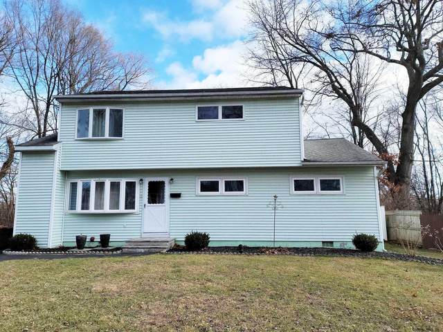 9 Stirrup Dr, Colonie, NY 12205 (MLS #202034324) :: The Shannon McCarthy Team | Keller Williams Capital District