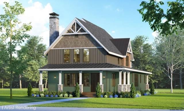 25 Oak Ridge Blvd, Saratoga Springs, NY 12866 (MLS #202111744) :: 518Realty.com Inc