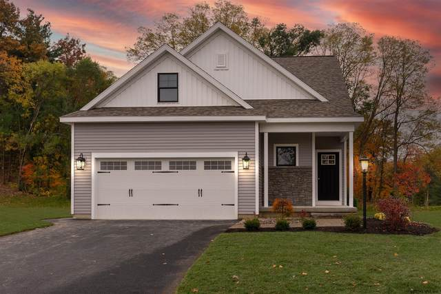 49 Bradley Cir, Halfmoon, NY 12065 (MLS #202111989) :: The Shannon McCarthy Team | Keller Williams Capital District