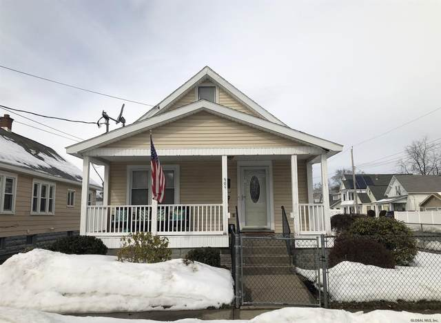 901 Pennsylvania Av, Schenectady, NY 12303 (MLS #202112982) :: Carrow Real Estate Services
