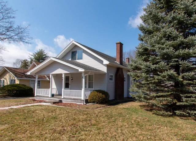 24 Winter St, Troy, NY 12180 (MLS #202114777) :: The Shannon McCarthy Team | Keller Williams Capital District