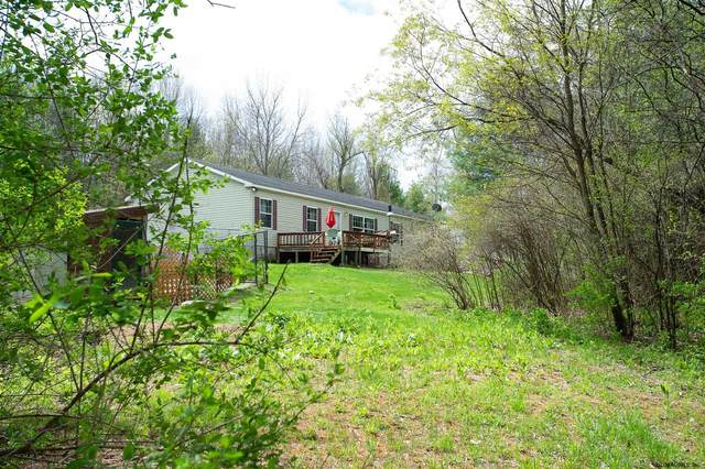 878 Middle Line Rd, Ballston Spa, NY 12020 (MLS #202117279) :: Carrow Real Estate Services