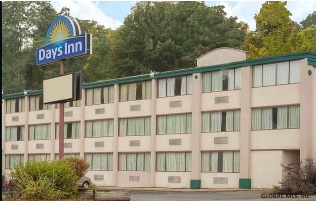 157 Nott Terr, Schenectady, NY 12308 (MLS #202117402) :: Carrow Real Estate Services