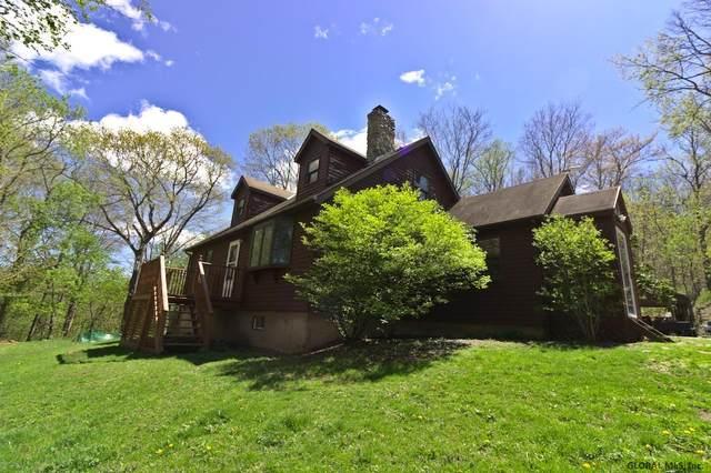 27 Dundee Av, Hoosick Falls, NY 12090 (MLS #202117884) :: Carrow Real Estate Services