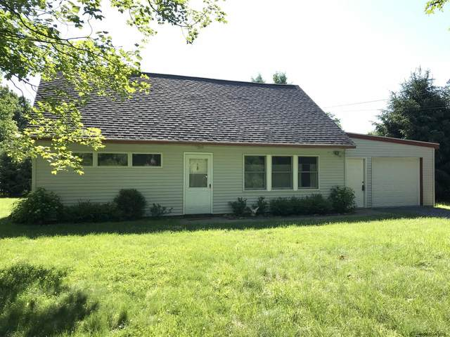 43 Locust Grove Rd, Saratoga Springs, NY 12866 (MLS #202121351) :: Carrow Real Estate Services