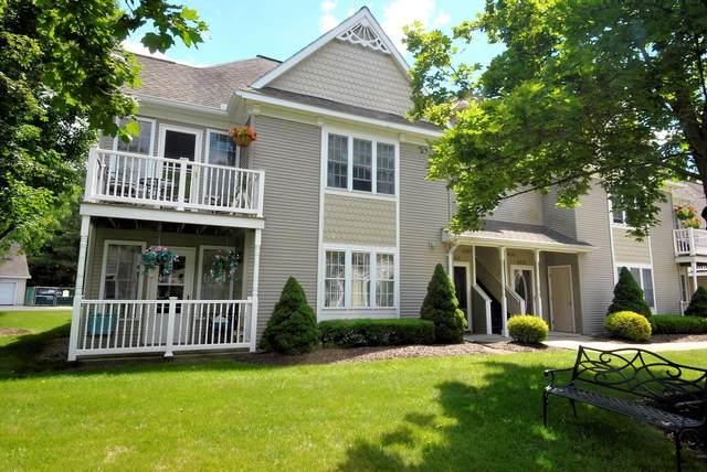 407 Mallards Pond La, Schenectady, NY 12303 (MLS #202121380) :: Carrow Real Estate Services