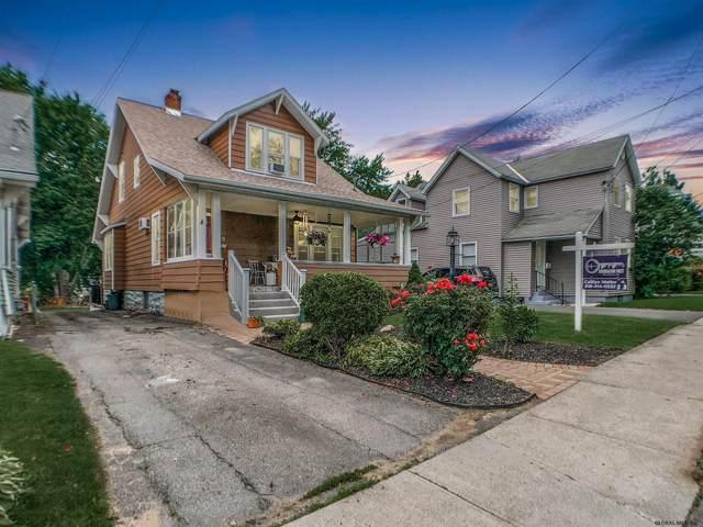 1071 Palmer Av, Niskayuna, NY 12309 (MLS #202121396) :: Carrow Real Estate Services