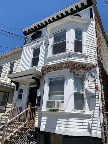 665 State St, Albany, NY 12203 (MLS #202121476) :: The Shannon McCarthy Team | Keller Williams Capital District