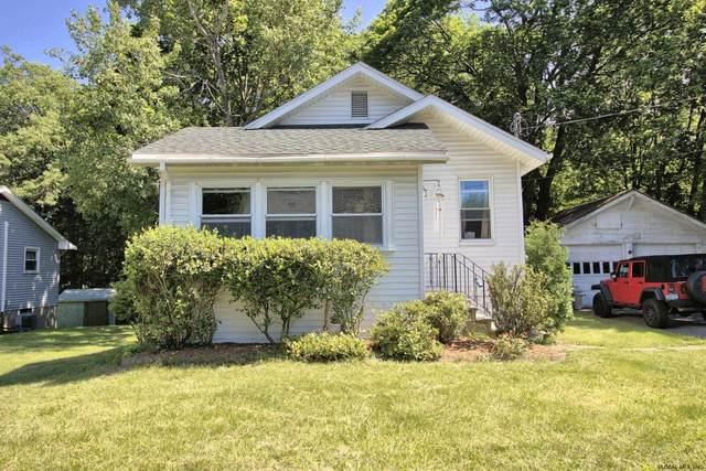 809 Mann Av, Rensselaer, NY 12144 (MLS #202121606) :: Carrow Real Estate Services
