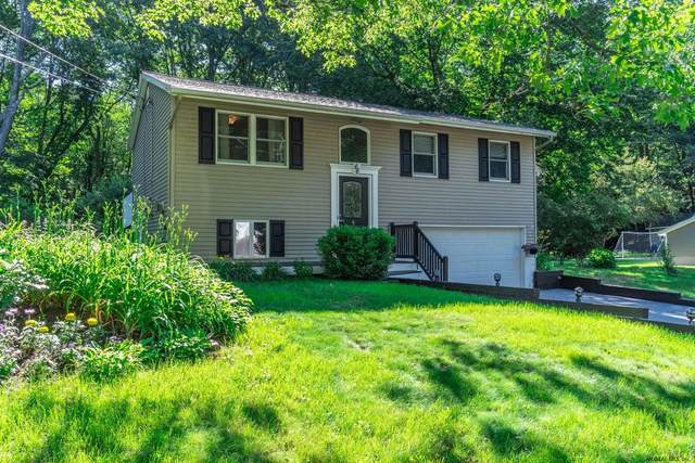 66 Quevic Dr, Saratoga Springs, NY 12866 (MLS #202121702) :: The Shannon McCarthy Team | Keller Williams Capital District