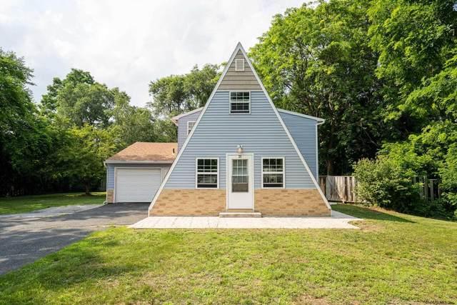 25 Fellows Rd, Halfmoon, NY 12065 (MLS #202123151) :: Carrow Real Estate Services