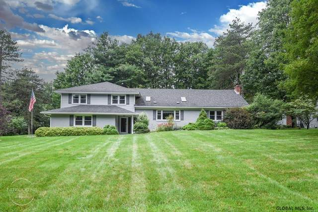 1273 Pembroke Ct, Schenectady, NY 12309 (MLS #202123623) :: Carrow Real Estate Services