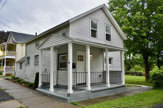 28 Van Dorn St, Saratoga Springs, NY 12866 (MLS #202123773) :: Carrow Real Estate Services
