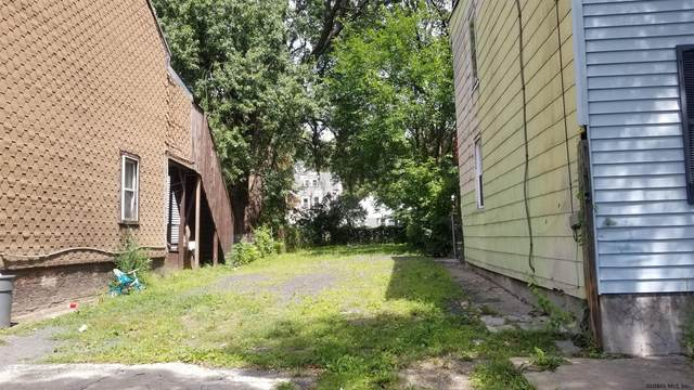 557 2ND ST, Albany, NY 12206 (MLS #202126305) :: The Shannon McCarthy Team | Keller Williams Capital District