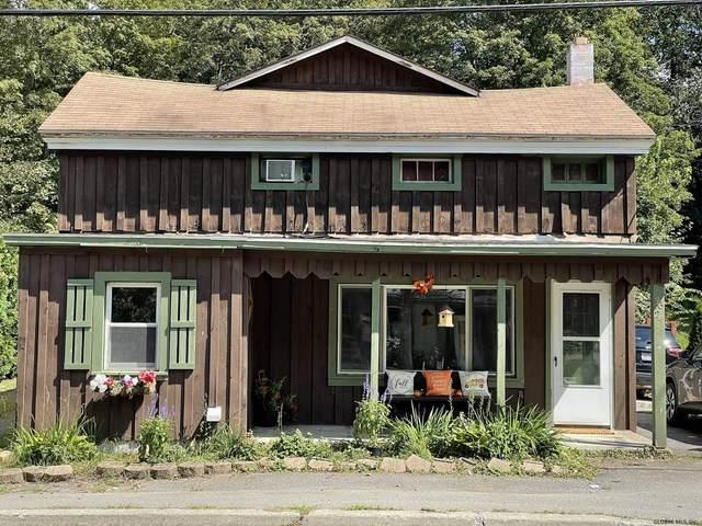 3624 Mechanic St, Valatie, NY 12184 (MLS #202128035) :: Carrow Real Estate Services