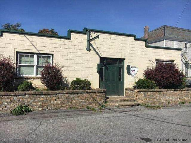 7 Iroquois St, Lake George, NY 12845 (MLS #202128132) :: The Shannon McCarthy Team | Keller Williams Capital District