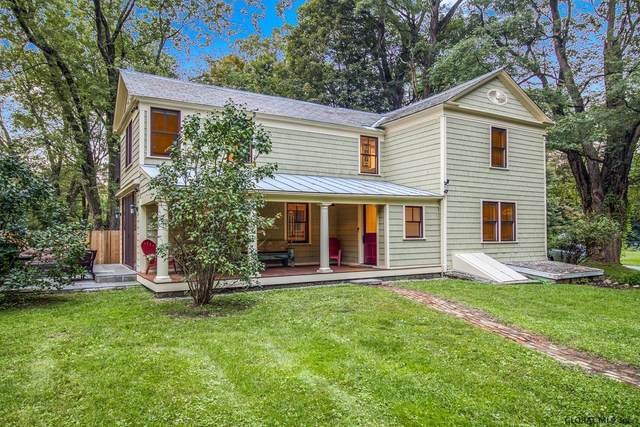 76 Locust Grove Rd, Saratoga Springs, NY 12866 (MLS #202128993) :: Carrow Real Estate Services