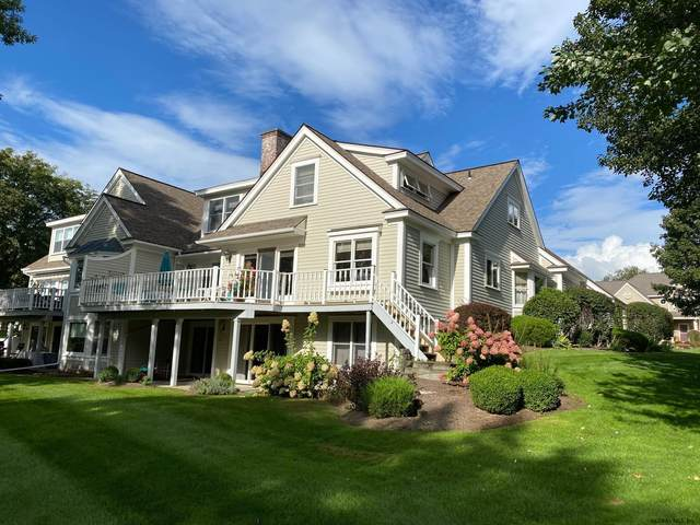 31 Overlook Dr, Queensbury, NY 12804 (MLS #202129046) :: Carrow Real Estate Services