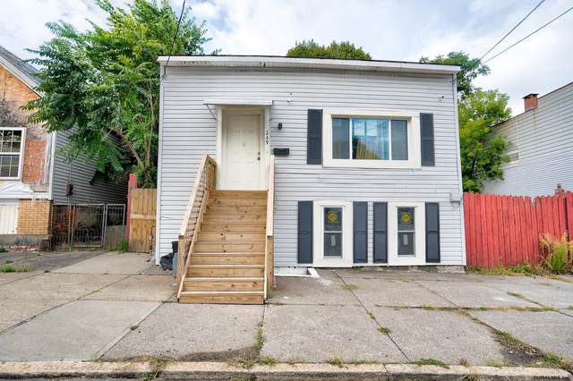 249 3RD ST, Albany, NY 12110 (MLS #202129190) :: The Shannon McCarthy Team | Keller Williams Capital District