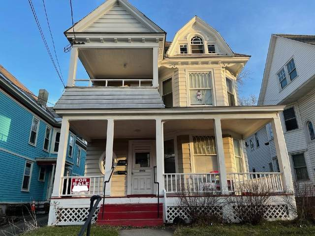 1026 Park Av, Schenectady, NY 12308 (MLS #202131345) :: Capital Realty Experts