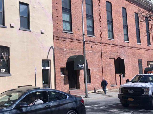 5 Spring St, Saratoga Springs, NY 12866 (MLS #201915510) :: Weichert Realtors®, Expert Advisors