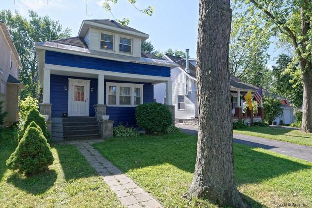 1250 Dean St, Niskayuna, NY 12309 (MLS #201927102) :: Picket Fence Properties