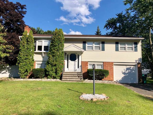 28 Woodland Dr, Schenectady, NY 12309 (MLS #201930133) :: Picket Fence Properties