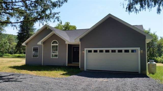 136 Squaw Trl, Middleburgh, NY 12122 (MLS #201933092) :: Picket Fence Properties
