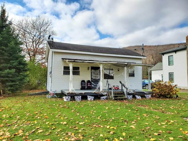 6 Park St, Worcester, NY 12197 (MLS #201933641) :: Picket Fence Properties