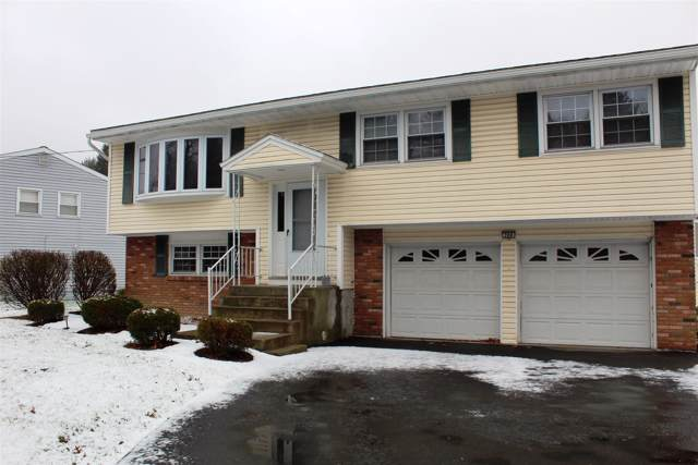 200 Vly Rd, Schenectady, NY 12309 (MLS #201935303) :: Picket Fence Properties