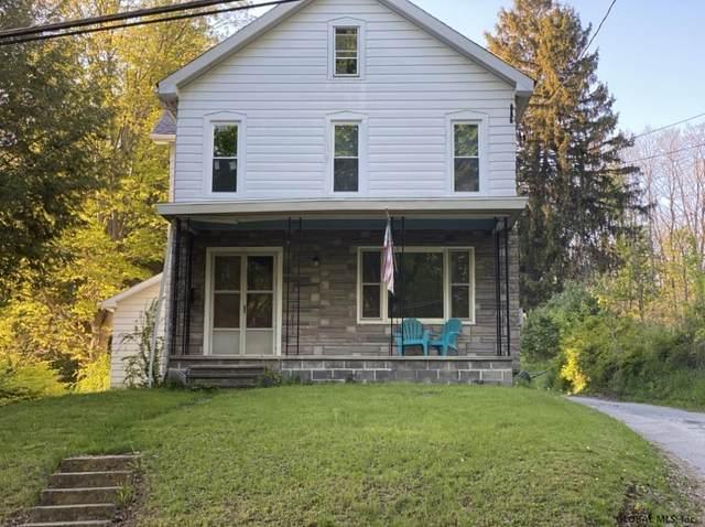 32 Parsons Av, Hoosick Falls, NY 12090 (MLS #202112870) :: 518Realty.com Inc