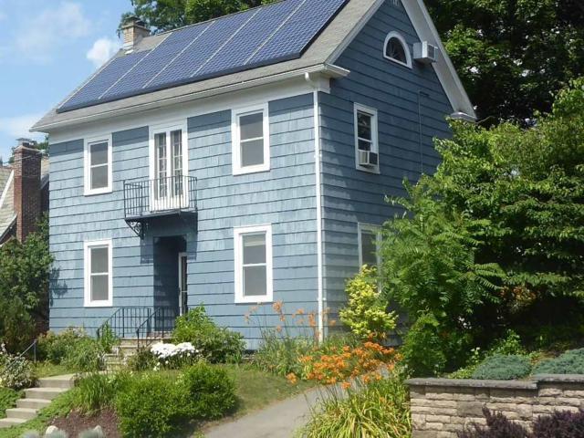 6 Croswell St, Albany, NY 12206 (MLS #201924413) :: Picket Fence Properties