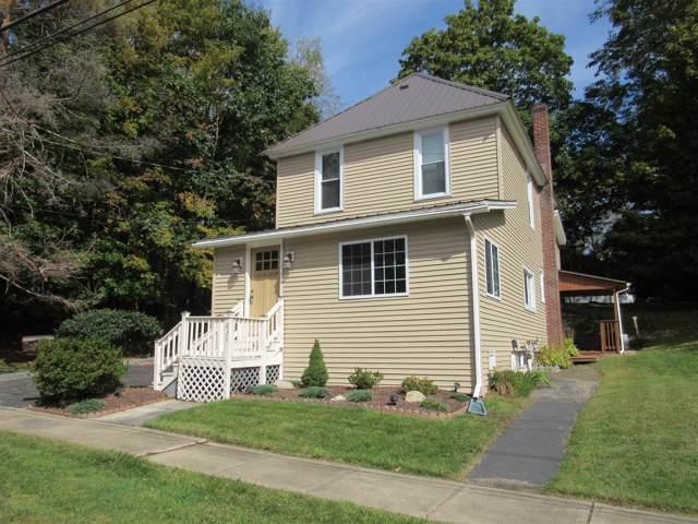 836 Glebe St, Johnstown, NY 12095 (MLS #201931705) :: Picket Fence Properties