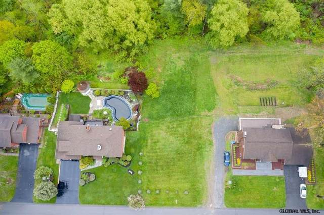 26 Fairway Ct, Albany, NY 12208 (MLS #202111483) :: The Shannon McCarthy Team | Keller Williams Capital District