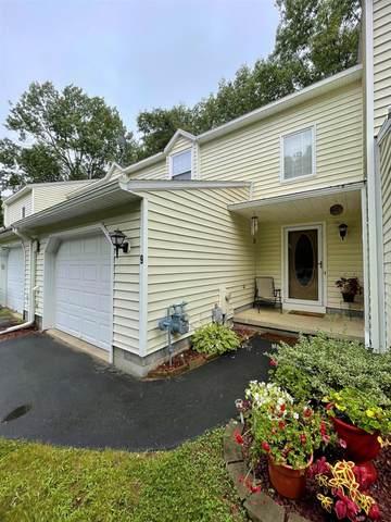 9 Deer Run Dr, Ballston Spa, NY 12020 (MLS #202124504) :: Carrow Real Estate Services