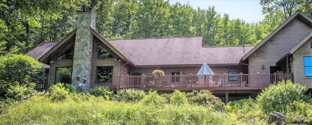 1155 Middleline Rd, Ballston Spa, NY 12020 (MLS #201922393) :: Picket Fence Properties