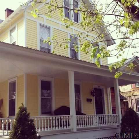 89 Court St, Saratoga Springs, NY 12866 (MLS #201313775) :: Weichert Realtors®, Expert Advisors