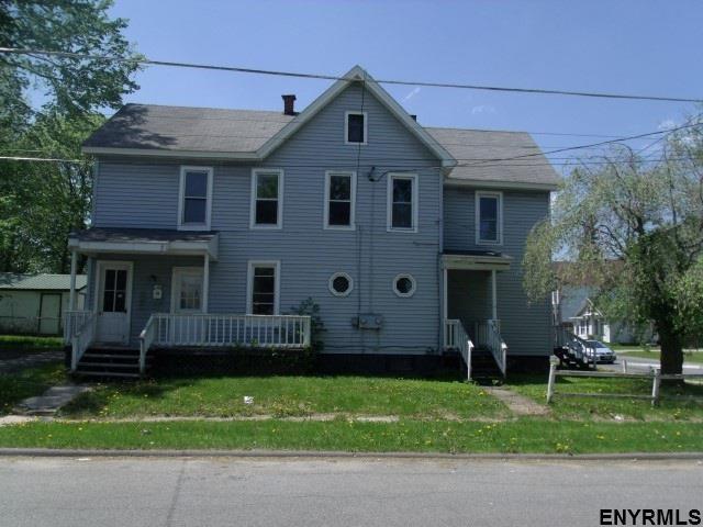 14 Briggs St, Johnstown, NY 12095 (MLS #201712341) :: Weichert Realtors®, Expert Advisors