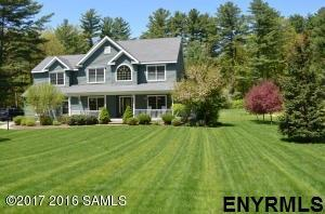 39 Middle Rd, Lake George, NY 12845 (MLS #201712559) :: Weichert Realtors®, Expert Advisors