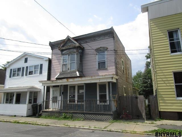 20 Division St, Cohoes, NY 12047 (MLS #201718082) :: Weichert Realtors®, Expert Advisors