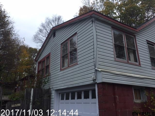 7 South Liberty Av, Wynantskill, NY 12198 (MLS #201813845) :: 518Realty.com Inc